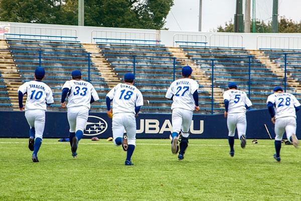 エイジェック硬式野球部の練習風景